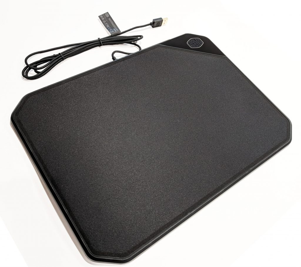 Cooler Master MP860 RGB LED Mouse Pad Top Angle