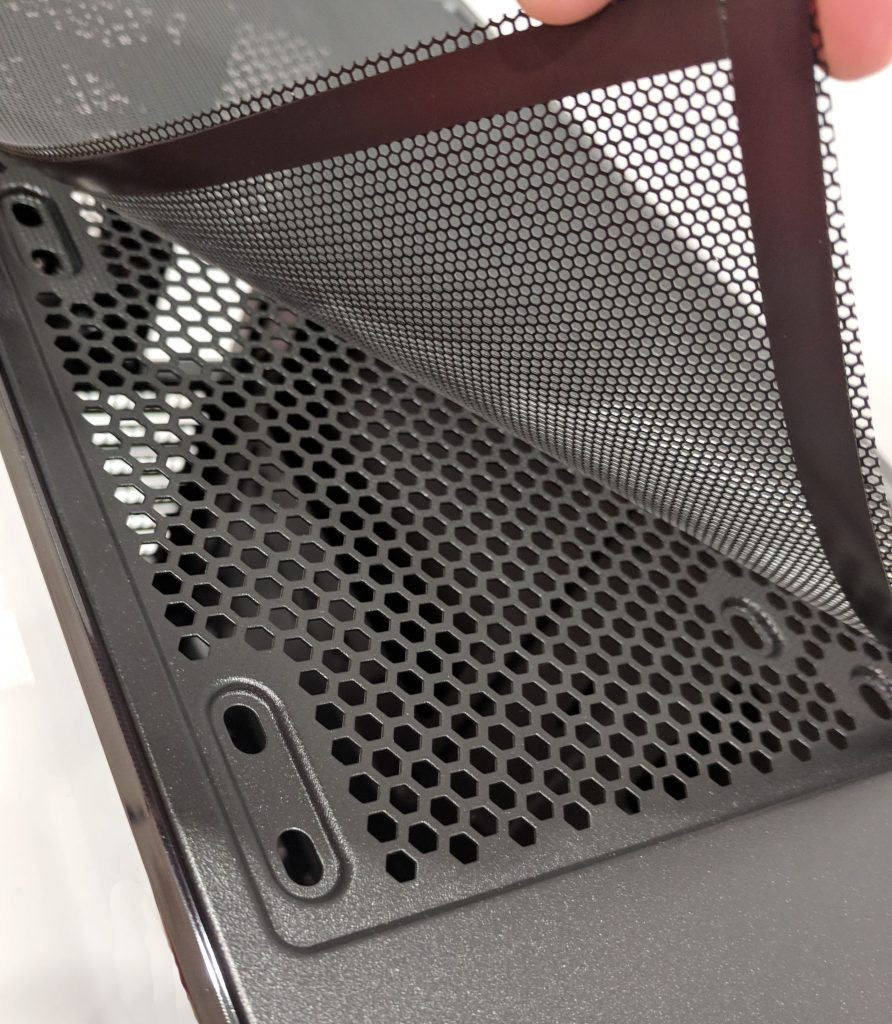 Cooler Master MasterBox MB520 Top Dust Filter