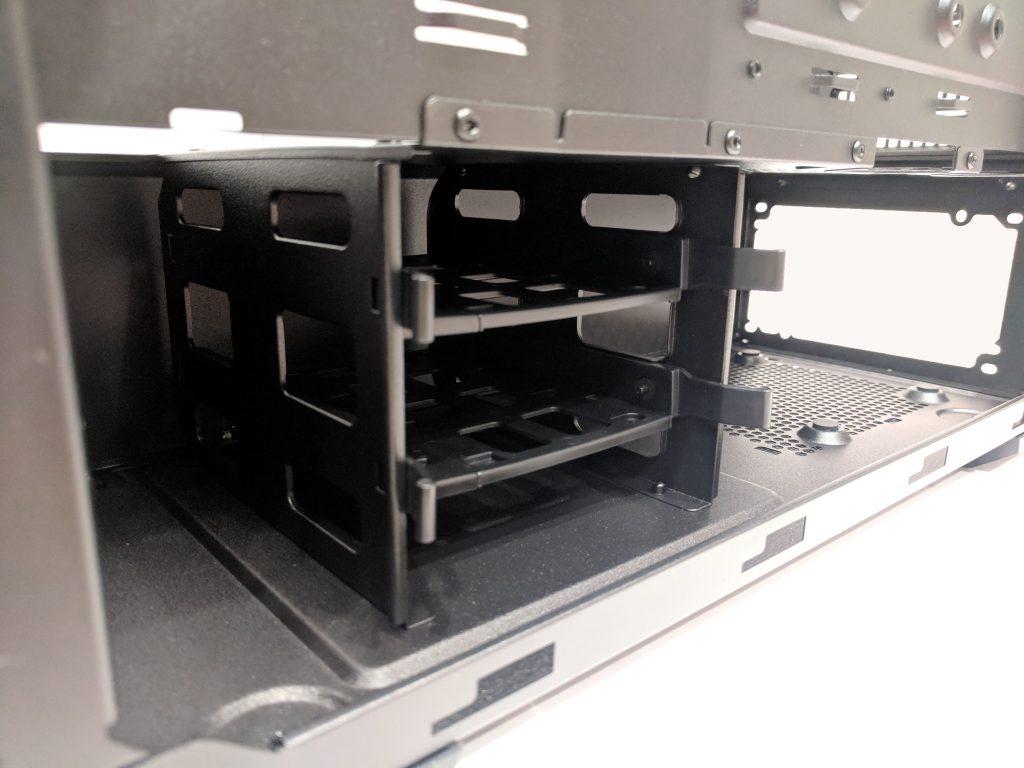 Cooler Master MasterBox MB520 Storage Bays