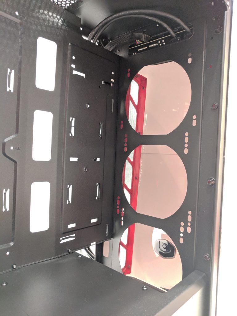 Cooler Master MasterBox MB520 Inside Front