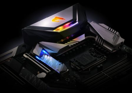 Z390 AORUS XTREME Motherboard Featured