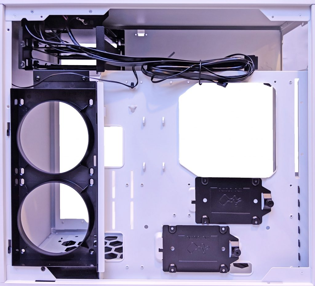 InWin 103 Inside Rear