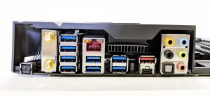 ASUS ROG Strix X399-E Gaming I/O Ports