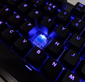 Cooler Master CK530 Keyboard Switch RGB on