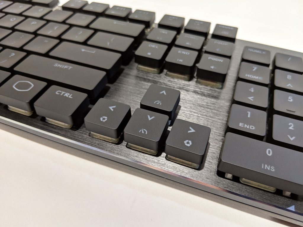 Cooler Master SK650 Keyboard Arrow Keys
