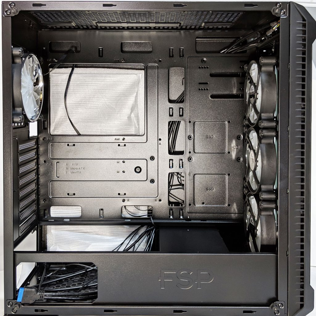 FSP CMT520 Plus PC Case Inside