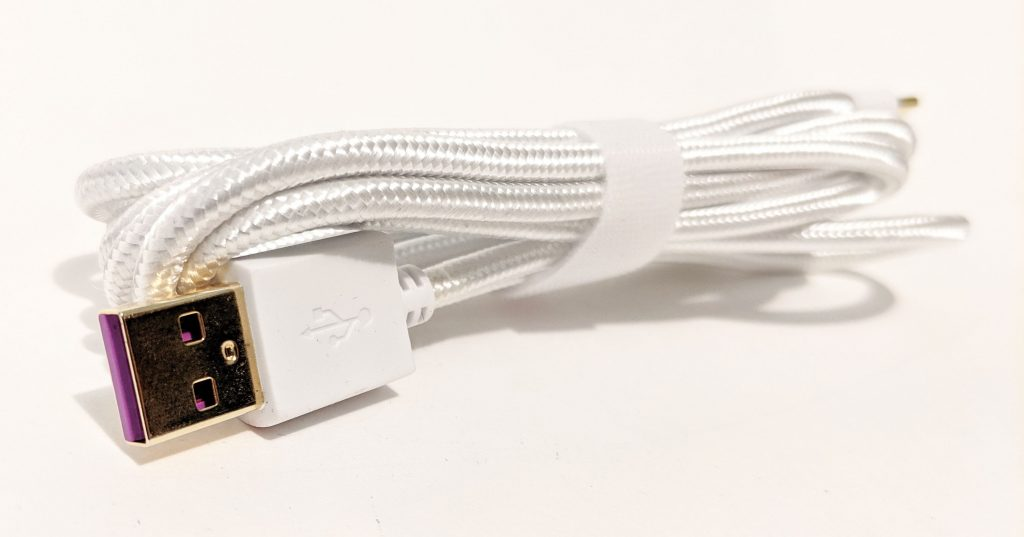 Cooler Master SK630 White Cable USB 2.0