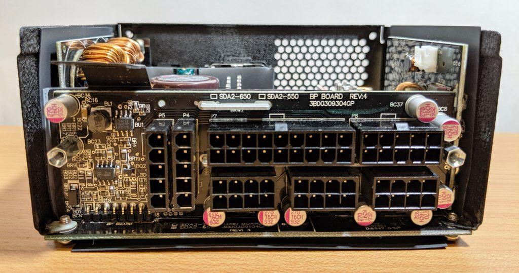 FSP Dagger Pro 650W SFX Modular Cable Hookups