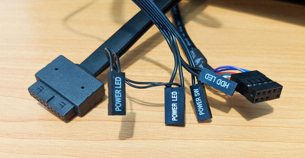 InWin 216 Case Review IO Plugs
