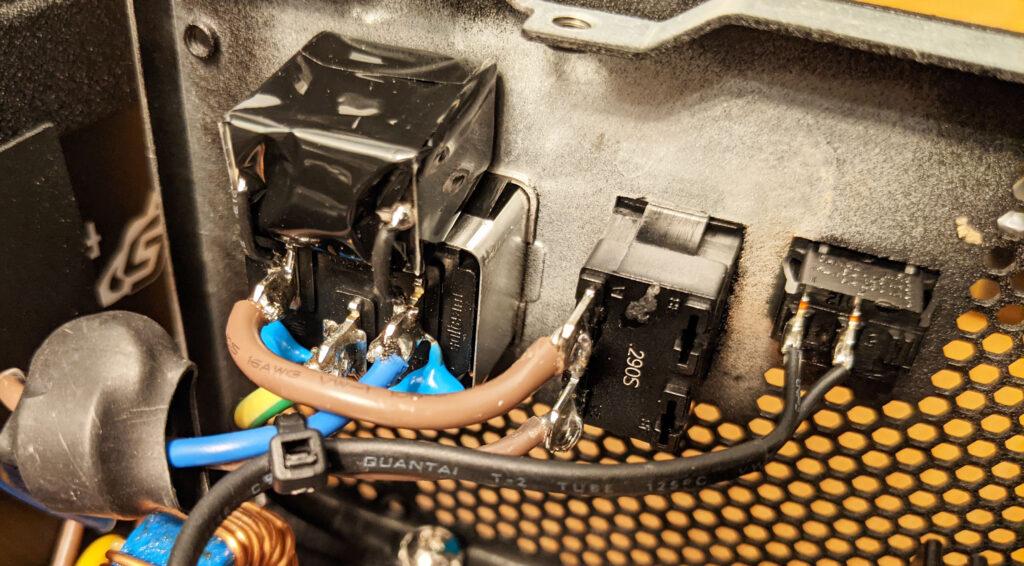 FSP Hydro PTM Pro PSU 1000W Power Entry