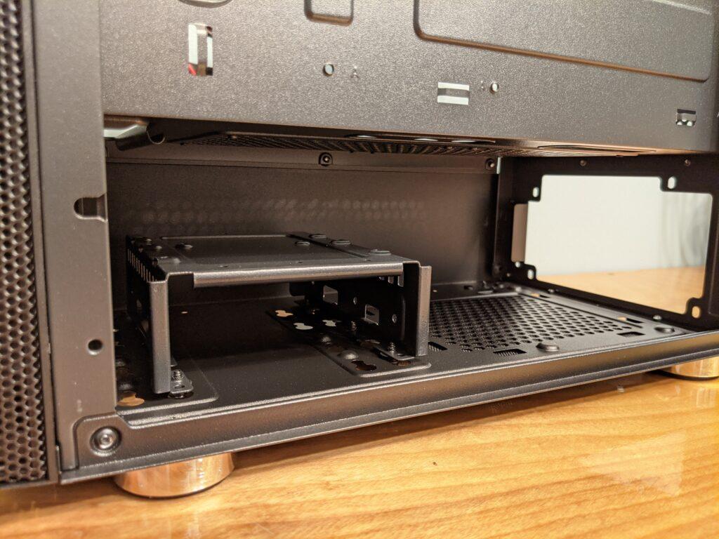 FSP CMT271 Case Inside HDD/PSU